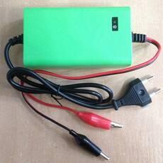 Зарядний пристрій для акумулятора 12V
