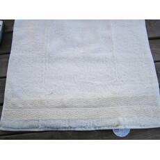 Полотенце махровое Акася с кружевами Белое 50 * 90