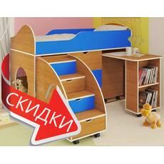 Ліжко та письмовий стіл