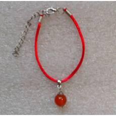 Красная нить оберег натуральный камень Сердолик 8 мм