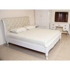 Деревянная кровать Амальтея с каретной стяжкой