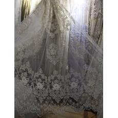 Тюль молочная с вышитыми цветами камнями сваровски в зал