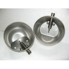 Автонапувалка чашечного типу із нержавіючої сталі для поросят, з загнутими краями і винтом