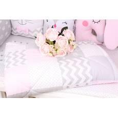 Детское теплое одеяло в серо-розовых тонах