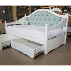 Дерев'яне ліжко Скарлет софа з точеними боковинами