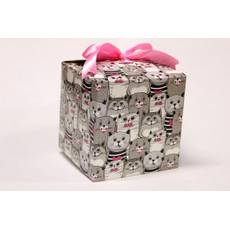 Подарункова коробка 17,5*17,5*17,5 см.