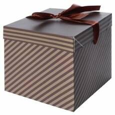 """Коробка подарункова паперова """"Чоловіча"""" 15 * 15 * 15см"""