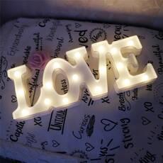 STK Нічник Love білий