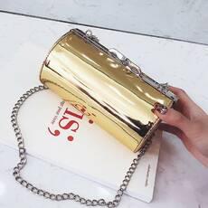 STK Золотая лаковая сумка кроссбоди