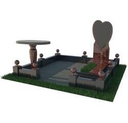 Надгробний комплекс з сердцем
