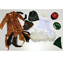 Карнавальні костюми купити