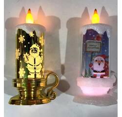 Свічка новорічна світиться