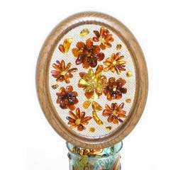 Декоративная тарелка из янтаря