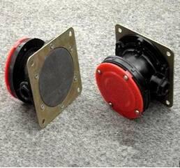 Сигналізатор рівня мембранного типу СУМ-1