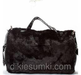 Сумка женская стильная в меху черного цвета