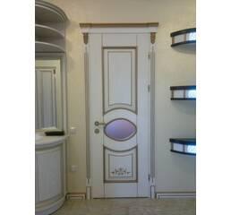Міжкімнатні дерев'яні двері (декоративне оздоблення)