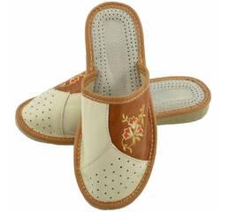 Обувь. Продаж та купівля товарів та послуг 9f063836e75ca