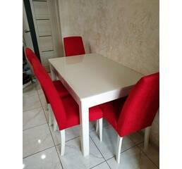 Невеликий кухонний стіл Верона