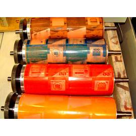 Флексографічний друк етикеток з нанесенням УФ-покриття