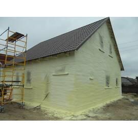 Утеплення будинків і будов напилюваним жорстким пінополіуретаном