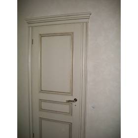 Двери белые, рамы для зеркал