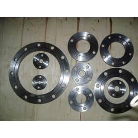 Фланцы  стальные литые плоские РУ10, РУ16 ДУ40-600