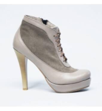 Пропонуємо модельне жіноче взуття оптом