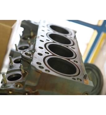 Потрібні запчастини до двигуна Deutz 1013?
