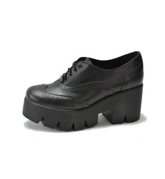 Жіноче шкіряне взуття оптом від виробниказа оптимальною ціною Харків