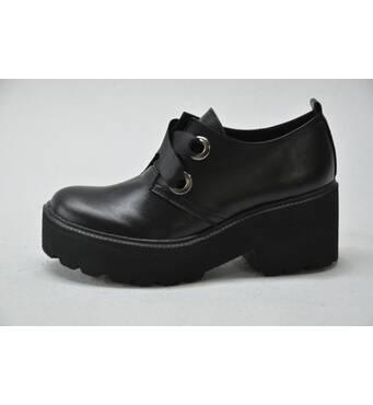 Купити недороге шкіряне взуття Харків
