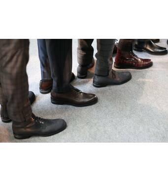 Якісне чоловіче взуття секонд хенд купити можна у нас!