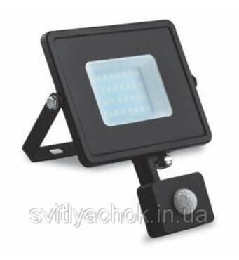 В продаже светодиодные прожекторы уличные feron