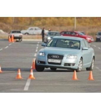 Проводимо курси автоводіння
