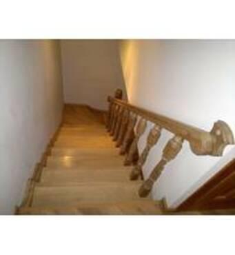 Купити міжповерхові сходиу нас!
