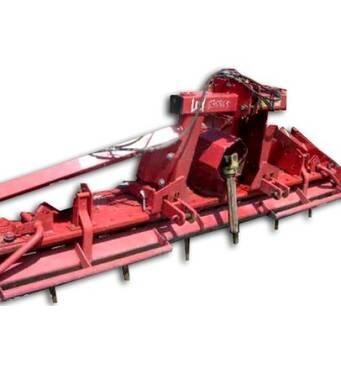 Продаж сільськогосподарської техніки здійснюється нашою компанією