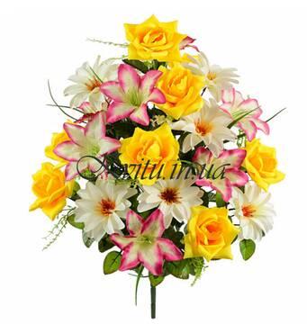 Оптовий продаж штучних квітів в Україні здійснює наша компанія
