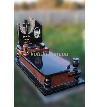 Замовити надгробний пам'ятник пропонує наша компанія!