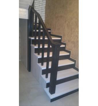 Реализуем деревянные маршевые лестницы