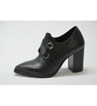 Шкіряне взуття українського виробництвакупити за вигідною ціною