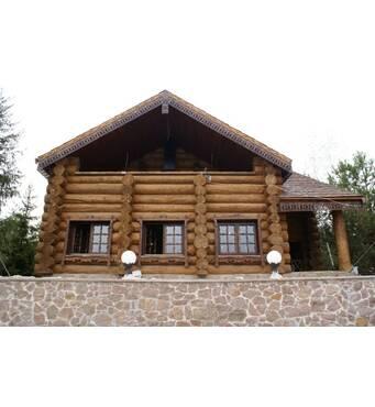 Строительство домов из оцилиндрованного бревна осуществляет Хата-Сруб
