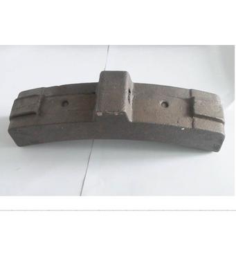 Вагонна гальмівна колодка з чавуну - надійний вибір від якісного виробника.