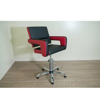 Пропонуємо придбати перукарське крісло недорого