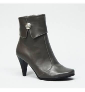 Жіноче шкіряне взуття оптом
