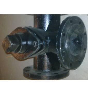 Предлагаем кран чугунный пробковый трёхходовой фланцевий 11ч18бк РУ10 ДУ50-100