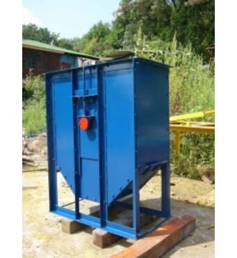 Agricultural equipment: bucket elevators