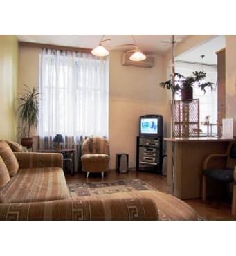 Двокімнатна квартира подобово на Подолі - хороші апартаменти!