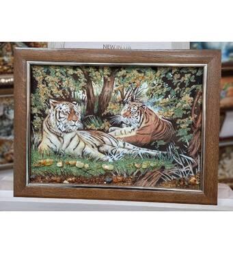 "Картина из янтаря ""Тигры"" 30х40 см"