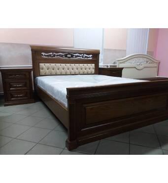 Деревянная двуспальная кровать Нино массив дуба