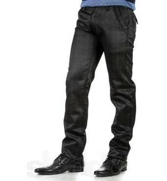 Мужские весенние штаны и джинсы фирмы Le Gutti оптом микс