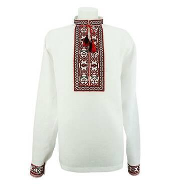 Рубашка вышиванка с красно-черным узором